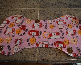 Flannel Burp Cloth - Pink w/Milk & Cookies