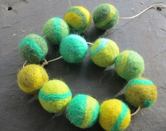 Needle felted rustic pompom garland - 6 ft marbled greens