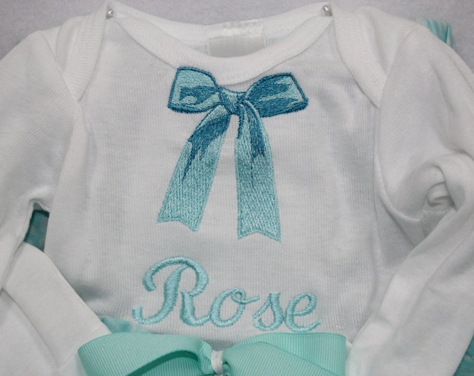 Baby girl Coming home outfit, Baby girl gown, Newborn Coming home outfit,Baby girl personalized bodysuit,Take Me Home outfit,New baby gift