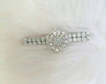 Sparkly silver rhinestone hair clip