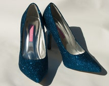 Blue wedding shoes, prom shoes. Luxury glitter wedding shoes in vibrant blue. brides-maids shoes. blue glitter shoes. sparkle wedding shoes