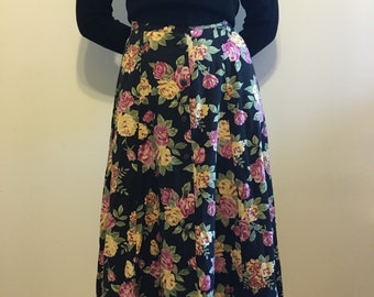 Rose Covered Long Button Skirt