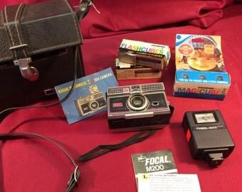 Kodak Instamatic 304 camera