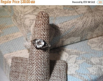 VALENTINES SALE stunning vintage sterling silver and openback crystal  ring size 7