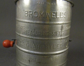 Vintage 1950s Bromwell's Sifter