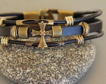 Bracelet cross leather vintage and bronze