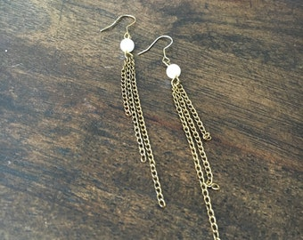 bronze dangling chain earrings with faux pearls