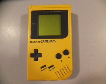 Original Vintage Yellow Nintendo Game Boy System Console