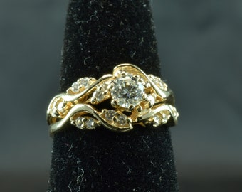 Lovely, Unique Leaf & Vine Patterned Diamond Ring~ .45 center/ .83 ct total weight ~ Size 6