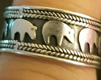 Vintage Sterling silver Polar bear band ring