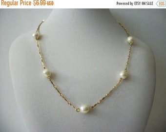 ON SALE Vintage 1928 Stamped Manufacturing Dainty Gold Faux Pearl Necklace 70616