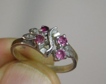Vintage Handmade sterling Silver Natural Ruby Ring ( Size 5.5 )