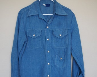 Vintage Denim Chambray Men's Buttondown Snap Button Shirt With 3 Pockets