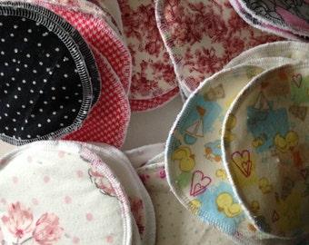 Nursing pads / breastfeedings pads
