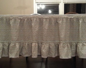 Bed Skirt - Vintage Bed Skirt - Twin Bed Skirt - Dust Ruffle - Vintage Dust Ruffle - Twin Dust Ruffle - Shabby Chic Bed Skirt - Shabby Chic