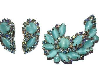 Vintage Elizabeth Morrey faux blue moonstone and aurora borealis rhinestone brooch and earrings set