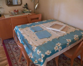 """NOS California Hand Print Vintage Tablecloth Napkin Set 7PC 52""""X70"""" Turquoise Dogwood Never Used In Original Box"""