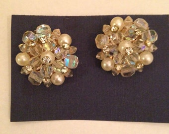Vintage 1950s Crystal Pearl and Rhinestone Clip on Earrings EXCELLENT CONDITION