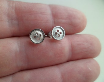 "925 Silver Tiny stud earrings ""Button"""