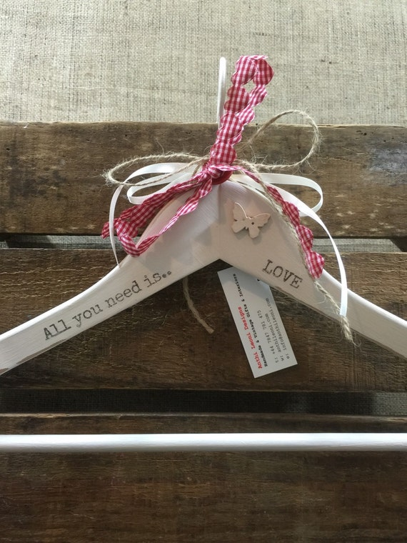LOVE Printed Valentines Gift Hanger / Decorative Wedding Hanger / Personalised Romantic Gift / Custom Printed Name & Love Note Gift