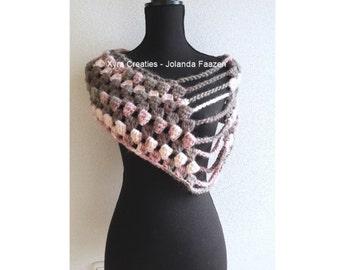 Xyra PATR1054-Crochet-pattern-Shoulder warmer/shawl/crochet pattern-shoulder wrap/scarf (Dutch & English-US)