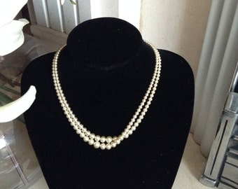 MASSIVE REDUCTIONS Faux Pearl glass necklace with diamante clasp
