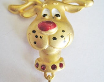 Gold Tone Rain Deer Pin