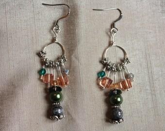 Earrings drops circular grey, green and pink