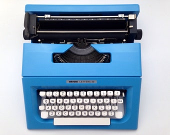 Blue OLIVETTI LETTERA 25 - Typewriter Olivetti - Vintage Portable Manual typewriter - working typewriter
