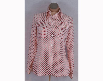 Polka Dots! Vintage women's button up long sleeved blouse