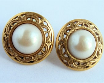 Vintage White Faux Pearl Earrings, Round Gold Tone Textured Metal Earrings, Pierced Earrings, Faux Pearl Round Cabochon Earrings, 1980s'