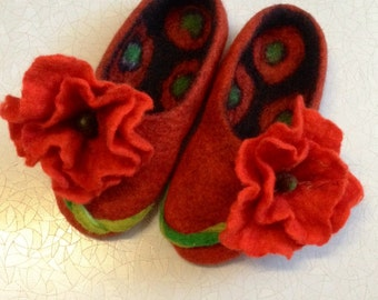 Sale -22% OFF Red woman's felted wool slippers, women's house shoes, organic sheep wool slippers, Mothers day gift, Handmade women's shoes