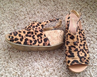 Leopard Print Bronze Wedge Sandals Size 5 1/2 (small)