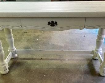 White Farmhouse Table