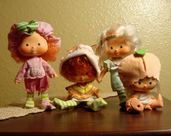Lot of 4 - Vintage Strawberry Shortcake Dolls - Raspberry Tart, Cafe Ole, Angel Cake, and Apricot (1970s)
