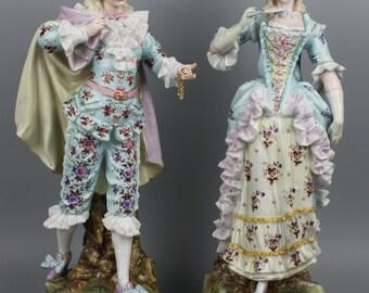 Atique 19C Rudolstadt Ernst Bohne Sohne couple of figurines