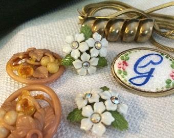 Bulk Costume Jewelry, Destash Beads, Chain, Earrings, Salvaged Jewelry, Destash Jewelry, Recycle Jewelry, Bulk Craft Supply,Free Shipping