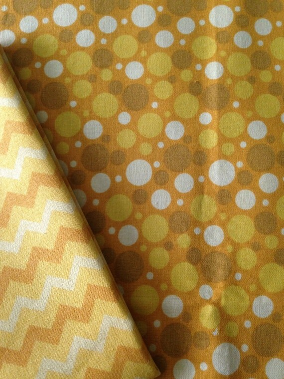 Washable Weighted, Yellow, Bubbles, Lap Pad/Small Blanket/Travel Weighted Blanket 3 pounds.  14.5x22 Ready to Ship
