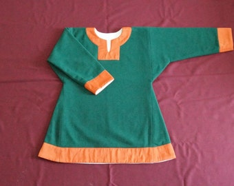 Reconstruction of the shirt from Birka
