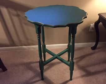 Table, Tea Table, End Table, Foyer Table, Occasional Table, Vintage, Chalk Painted
