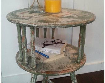 SOLD**Farmhouse, Chippy, Primitive Table, End Table, Accent Table, Porch Planter, Nightstand, Green