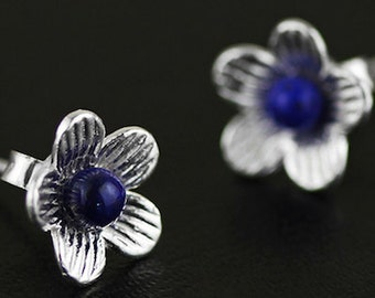 Sterling Silver Flower Earrings with Lapis Lazuli