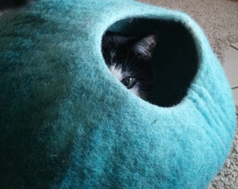 Aquamarine Handcrafted Cooling Large Cat Cave Made of Felted Wool - Natural Cat Bed for Households with Allergies. Cat Accessories.