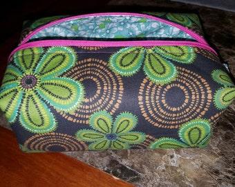 Flower Print Lined Makeup Bag