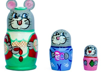 3.5'' Set of 3 Mouse Wooden Russian Nesting Dolls- SKU # nds03008