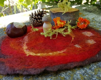 Wool felt mini play mat | Fall woodland forest scene