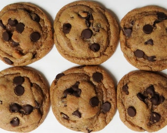 Vegan Chocolate Chip Cookies (Classic Cookie)