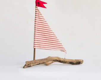 Medium Sized Driftwood Sailboat Seaside Nautical Resort Decor Wedding Center Peice