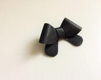 "Black leather ""Helen"" bow - small - headband - alligator clip"
