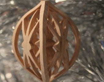 Scroll saw pattern, Christmas Ornament: Starburst